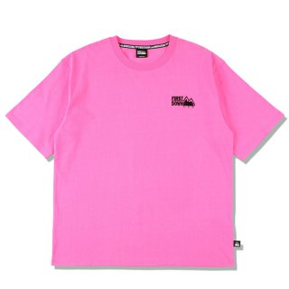 FIRST DOWN EMBROIDERY TEE NEON PINK
