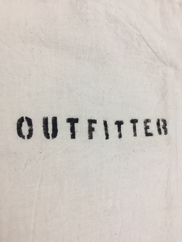 OUT FITTER (natural)