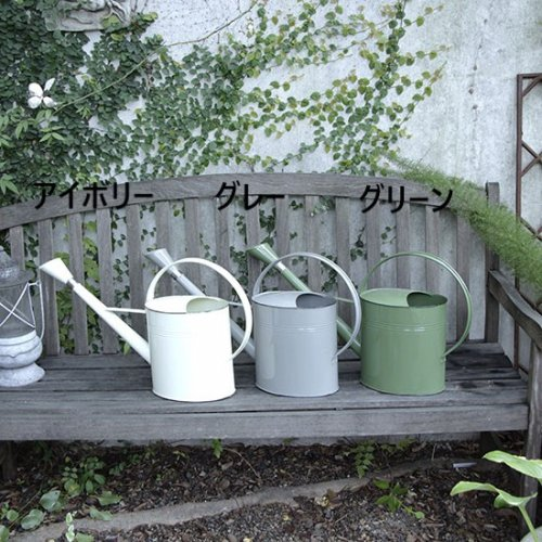 <img class='new_mark_img1' src='//img.shop-pro.jp/img/new/icons14.gif' style='border:none;display:inline;margin:0px;padding:0px;width:auto;' />Metal outdoor watering can