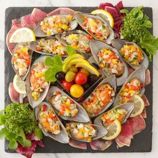 ムール貝のガスパッチョ仕立て〜トマトとオリーブのマリネを添えて〜