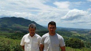 【NEW】ブラジル シティオ・ポンテ・フンダ農園【ナチュラル精製/乾燥式】200g〈シティロースト/中深煎り〉