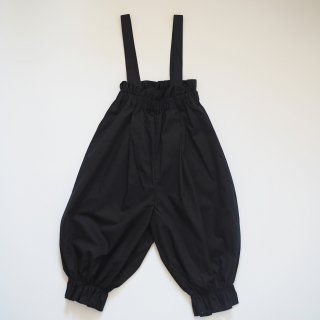 <img class='new_mark_img1' src='https://img.shop-pro.jp/img/new/icons20.gif' style='border:none;display:inline;margin:0px;padding:0px;width:auto;' />Last 1!!【40%off】 long pants with suspenders / black / folkmade