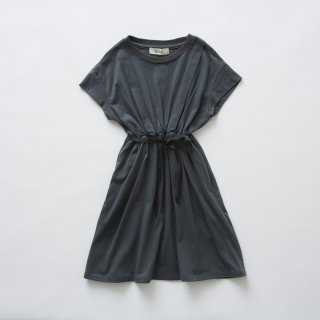 <img class='new_mark_img1' src='//img.shop-pro.jp/img/new/icons20.gif' style='border:none;display:inline;margin:0px;padding:0px;width:auto;' />【50%off】 waist gather dress / charcoal / eLfinFolk