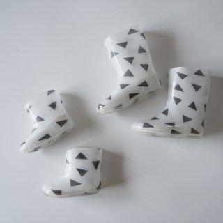 geometry short rainboots  / triangle / chocolatesoup