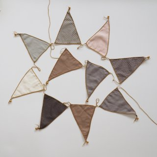 bunting garland fabric / mix beige / Numero74