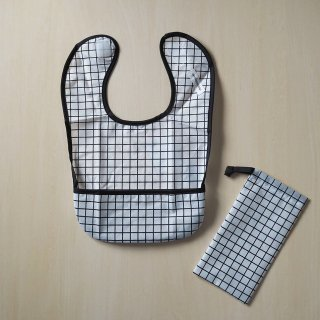 geometry meal bib  / grid / chocolatesoup