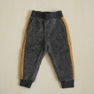 <img class='new_mark_img1' src='//img.shop-pro.jp/img/new/icons34.gif' style='border:none;display:inline;margin:0px;padding:0px;width:auto;' />【10%off】track pant / charcoal fur / wynken (2y,4y,6y,8y,10y)