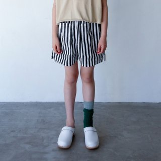<img class='new_mark_img1' src='https://img.shop-pro.jp/img/new/icons14.gif' style='border:none;display:inline;margin:0px;padding:0px;width:auto;' />folkmade<br>short pants<br>black stripe(S,M,L,LL)