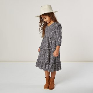 <img class='new_mark_img1' src='https://img.shop-pro.jp/img/new/icons14.gif' style='border:none;display:inline;margin:0px;padding:0px;width:auto;' />Rylee + Cru<br>ditsy mabel dress<br>washed indigo<br>(2-3y,4-5y,6-7y,8-9y)