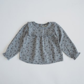 <img class='new_mark_img1' src='https://img.shop-pro.jp/img/new/icons14.gif' style='border:none;display:inline;margin:0px;padding:0px;width:auto;' />the new society<br>sarah blouse<br>soft blue flower<br>(4y,6y,8y)