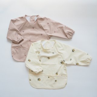 Konges Slojd<br>dinner bib long sleeve<br>cherry / lemon