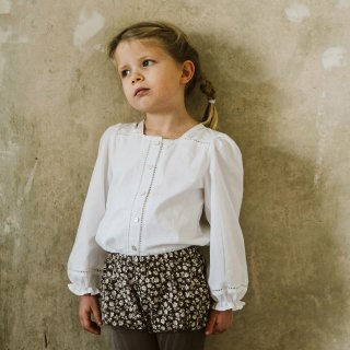 <img class='new_mark_img1' src='https://img.shop-pro.jp/img/new/icons14.gif' style='border:none;display:inline;margin:0px;padding:0px;width:auto;' />little cotton clothes<br>connie blouse<br>off white<br>(2-3y,3-4y,4-5y,5-6y)