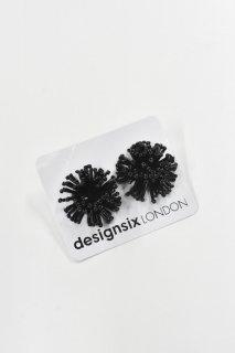 designsix / BARB PIERCE / BLACK