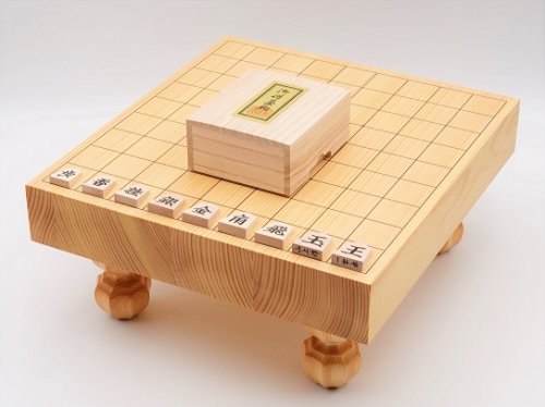 卓上-足付兼用将棋・駒 楓 一字書彫セット  (送料無料)