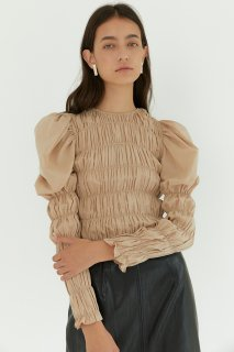 shirring puff blouse<br>beige