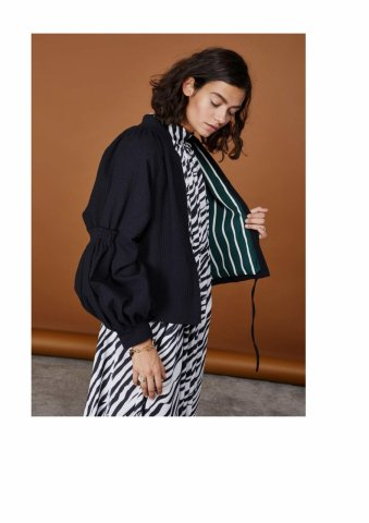 <img class='new_mark_img1' src='https://img.shop-pro.jp/img/new/icons22.gif' style='border:none;display:inline;margin:0px;padding:0px;width:auto;' />【40%OFF】GHOSPELL  Waffle Jacket
