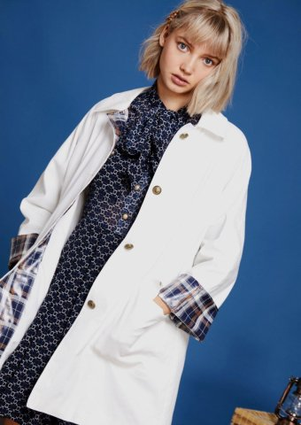 <img class='new_mark_img1' src='https://img.shop-pro.jp/img/new/icons22.gif' style='border:none;display:inline;margin:0px;padding:0px;width:auto;' />【20%OFF】 sister jane Rain Coat with Check Cuffs