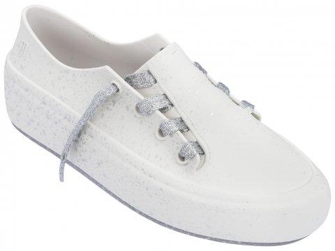 <img class='new_mark_img1' src='https://img.shop-pro.jp/img/new/icons22.gif' style='border:none;display:inline;margin:0px;padding:0px;width:auto;' />【20%OFF】Melissa Ulitsa Sneaker Splash-WHITE SILVER