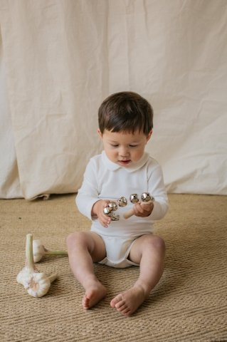HAPPYOLOGY Essential Organic Cotton Romper, White 0M〜2Y