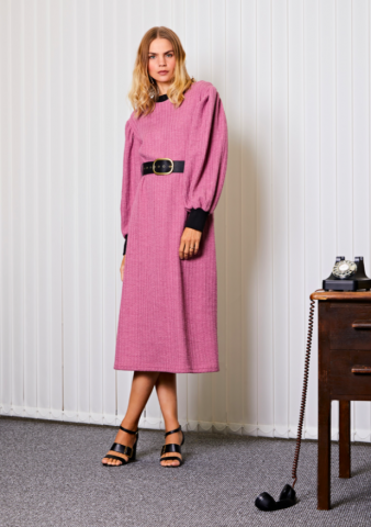 GHOSPELL Manager Knit Maxi Dress