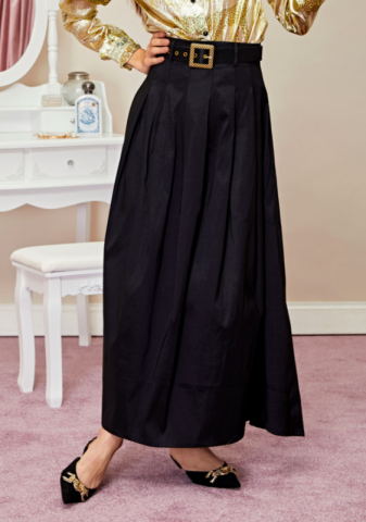 <img class='new_mark_img1' src='https://img.shop-pro.jp/img/new/icons5.gif' style='border:none;display:inline;margin:0px;padding:0px;width:auto;' />sister jane Quarters Maxi Skirt with Belt