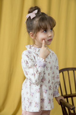 <img class='new_mark_img1' src='https://img.shop-pro.jp/img/new/icons5.gif' style='border:none;display:inline;margin:0px;padding:0px;width:auto;' />HAPPYOLOGY Baby Millie Blouse, Violet Floral