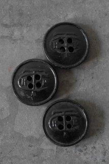 3 boutons noir