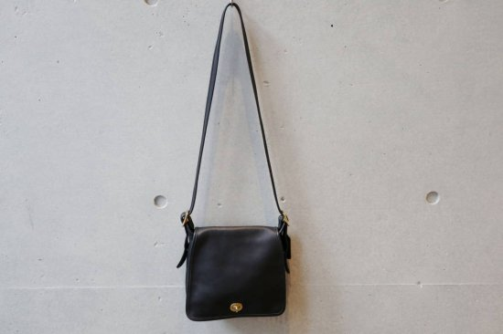 OLD COACH Leather Shoulder Bag
