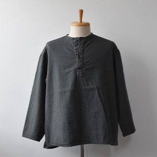 <img class='new_mark_img1' src='https://img.shop-pro.jp/img/new/icons14.gif' style='border:none;display:inline;margin:0px;padding:0px;width:auto;' />【DEAD STOCK】RUSSIAN MILITARY SLEEPING SHIRTS -GREENISH GRAY-