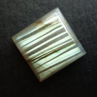 047 ラブラドライト (16×16×5.5mm)
