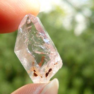 001 ナミビア産水入り水晶 (24.8x12x8.8mm)