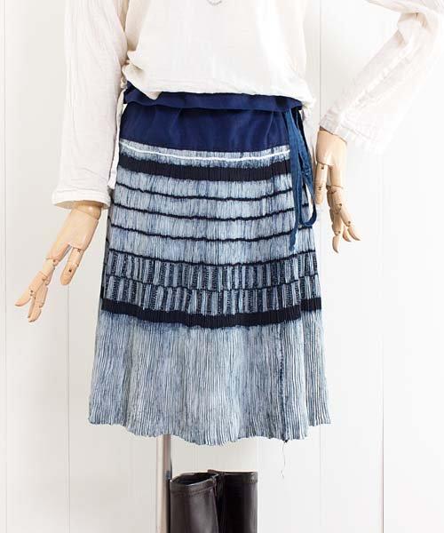モン族藍染バティック・巻きスカート(f17)