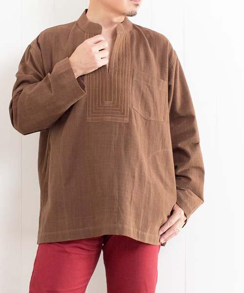 草木染め手織り綿の胸元ステッチクルタ(ブラウン)