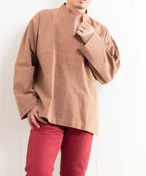 草木染め手織り綿の胸元ステッチクルタ(ライトブラウン)