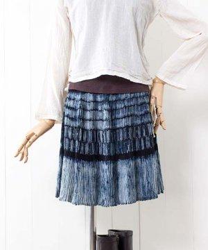 モン族藍染バティック・巻きスカート(f19)