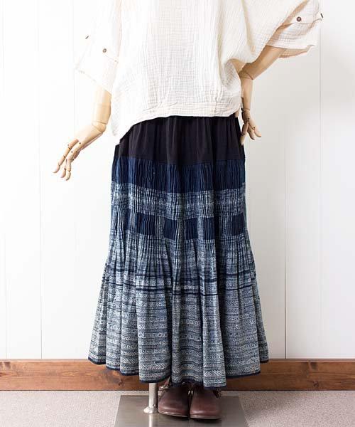 モン族藍染バティック・ロングスカート(g7)