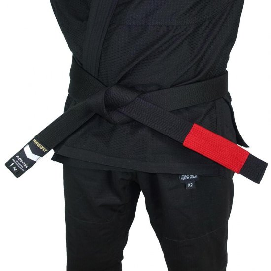 <img class='new_mark_img1' src='https://img.shop-pro.jp/img/new/icons5.gif' style='border:none;display:inline;margin:0px;padding:0px;width:auto;' />Premium Jiu Jitsu Belt〈Black〉