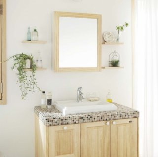Washbasin of wood