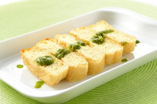 【冷凍】オリーブオイルで揚げた豆撰の油揚げ