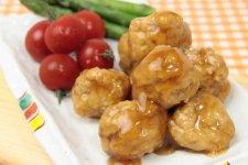 【冷凍】絹揚げと鶏肉の栃尾だんご【惣菜】(12個入)