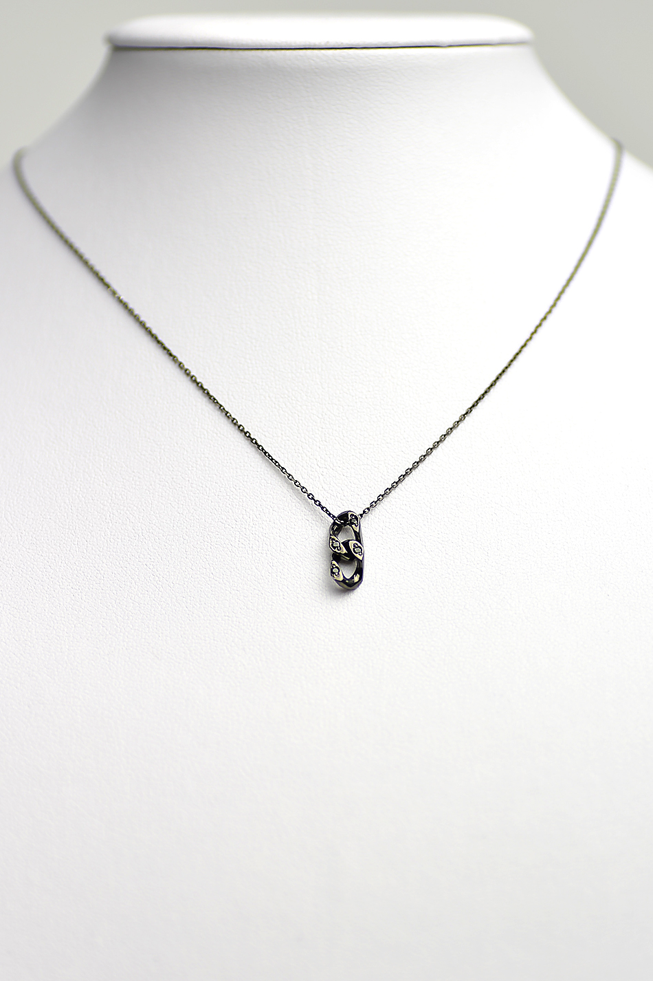 Chain Necklace with DIA BLACK