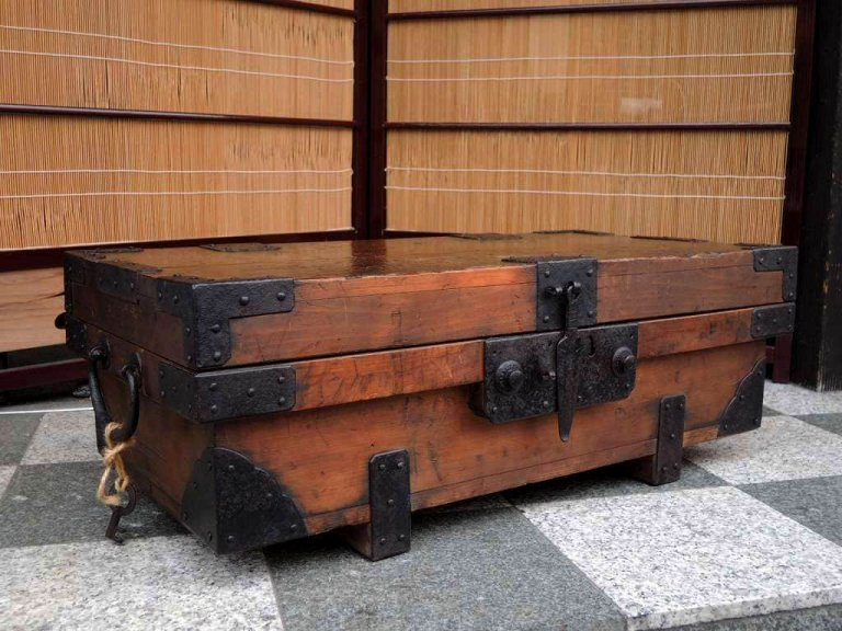 千両箱 / 'Senryo Bako' Money box