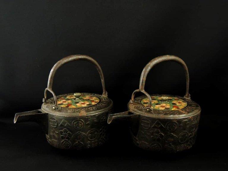 鉄七宝蓋銚子 一対 / Iron Sake Pourer with the Cloisonne Lid   1 pair