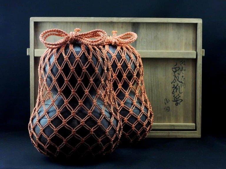 京都玉泉堂 千成瓢箪弁当箱 一対(共箱あり) / Lacquered  Gourd shaped 'Bento(lunch)' Boxes 1 pair