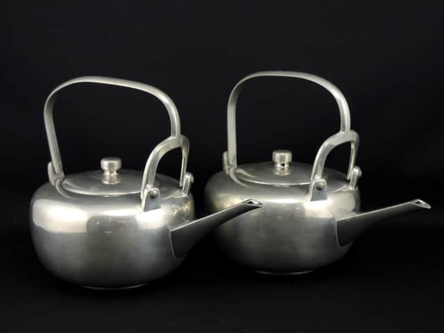 錫銚子 一対 / Pewter(tin) Sake Pourers 1 pair