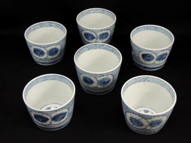 伊万里染付撫子丸文蕎麦猪口 六客組 / Imari Blue & White 'Soba' Cups with the picture of Fringed Pink  set of 6