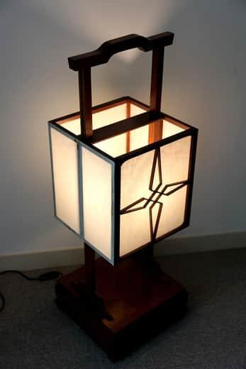 欅角行灯 / Keyaki Andon Paper Lamp