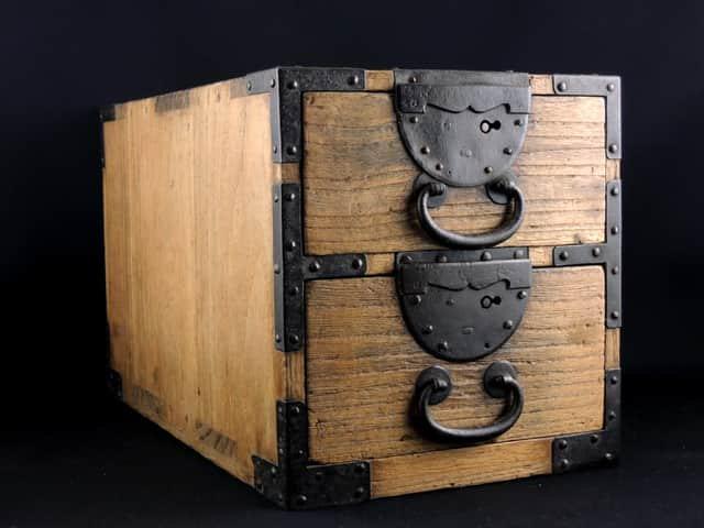 小抽斗 / Small Box