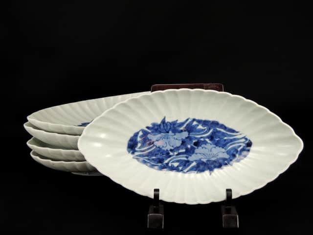 伊万里染付菊花舟形皿 五枚組 / Imari Blue & White Boat-shaped Bowls  set of 7