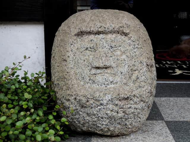 石のだるま / Stone Daruma